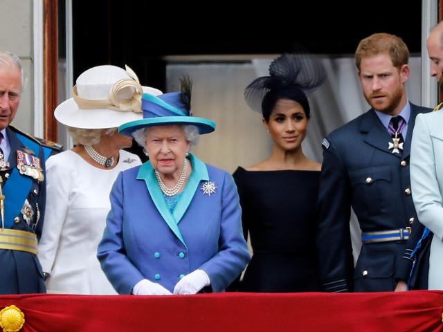 """""""Megxit"""" : la famille royale s'accorde sur """"une période de transition"""""""