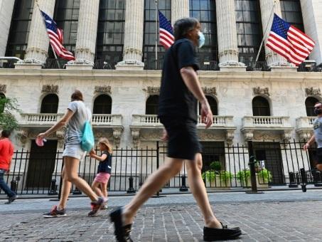 Wall Street recule après des données en demi-teinte