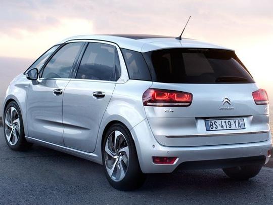 La marche arrière l'emmène en avant, un conducteur porte plainte contre Citroën