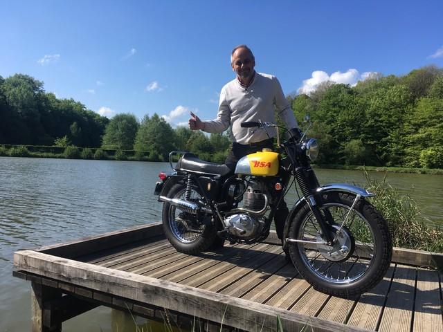La moto classique de la semaine : BSA B44 VS