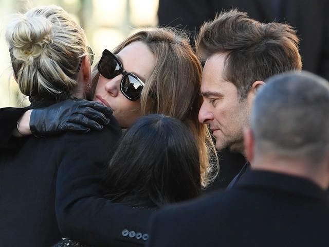 Johnny Hallyday mort : Laeticia, David et Laura se sont expliqués avant l'enterrement