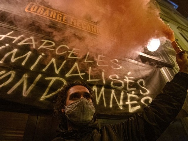 Covid-19: les injonctions paradoxales du gouvernement menacent la santé mentale des Français