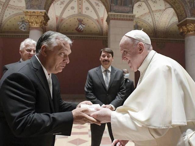 Pape François en Hongrie : opération reconquête