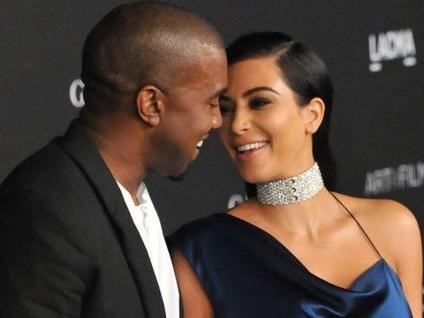 Kim Kardashian et Kanye West présentent leur petit dernier à leurs fans