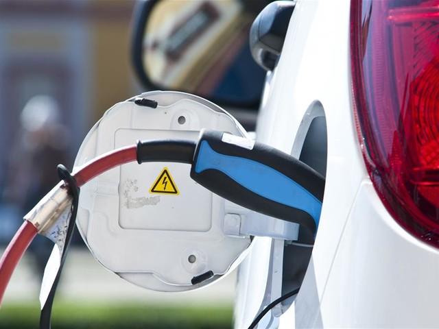 Batteries pour voitures électriques : le carbone s'invite dans la course