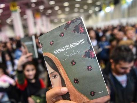 """Turquie: le leader prokurde Demirtas jugé pour """"terrorisme"""""""