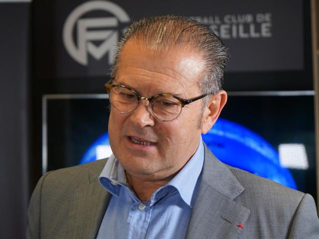 Ce candidat à la mairie de Marseille nous détaille son projet de vendre le vélodrome à l'OM