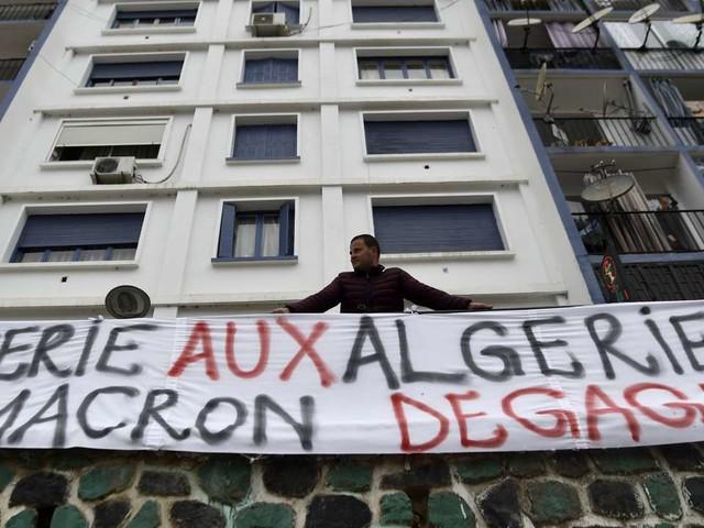 A Alger, Oran ou Tizi Ouzou, le pouvoir français accusé d'avoir soutenu le «régime mafieux algérien»