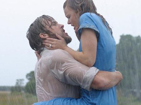 Les 30 meilleurs films d'amour et comédies romantiques des années 2000, selon nos lecteurs.