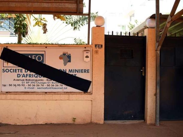 Au Burkina Faso, les mines d'or sous la menace djihadiste