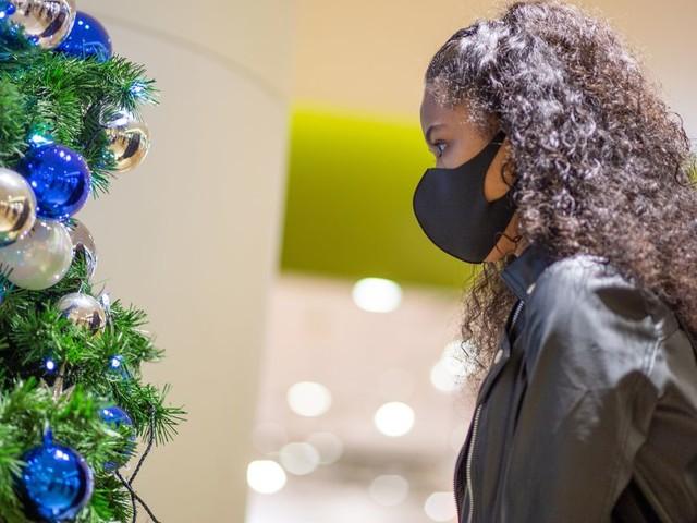 Covid-19: sauver Noël? La stratégie du confinement avant-après