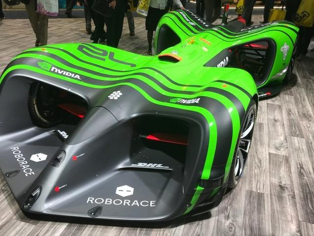 Roborace, une nouvelle série de course électrique et robotisé dès l'an prochain