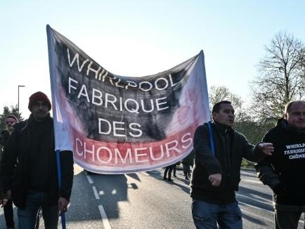 Macron attendu de pied ferme par les ex-Whirpool pour son deuxième jour à Amiens