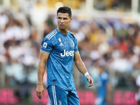 Le meilleur ami de Cristiano Ronaldo ? Le miroir