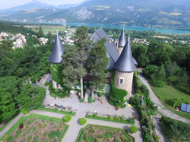 Dormir dans un château en Provence : 10 meilleurs endroits
