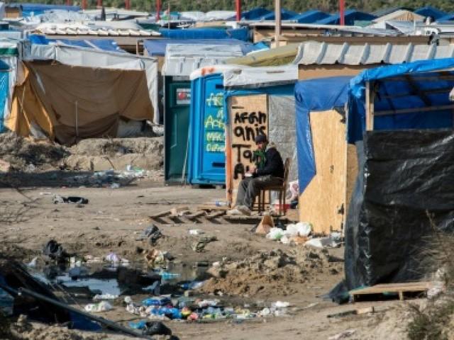 A Calais, des centaines de migrants piétinent toujours aux portes de l'Angleterre