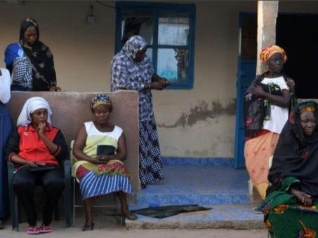 Une ville de Gambie pleure ses morts, noyés sur la route de l'Europe