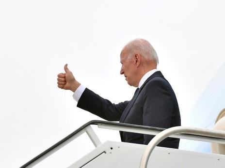 """""""America is back"""": Biden s'envole pour son premier voyage à l'étranger"""