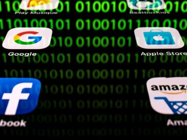 Surveillance : vendre ses données personnelles pour arrondir ses fins de mois… Mais à quel prix ?