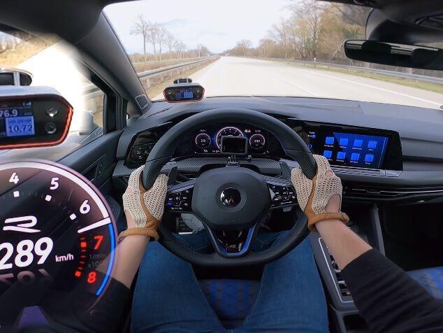 Volkswagen Golf 8 R (2021) : flashée à 290 km/h sur autoroute !