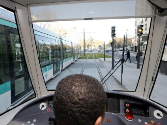 """La """"qualité de service"""" chantier prioritaire de la PDG de la RATP"""