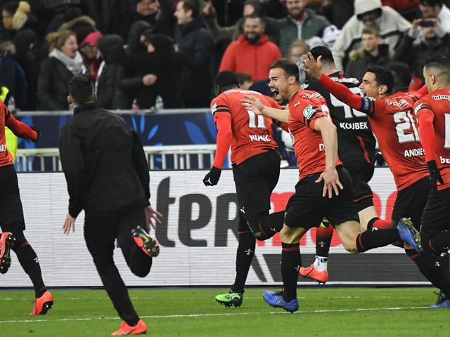 Rennes bat le PSG aux tirs au but et remporte la Coupe de France