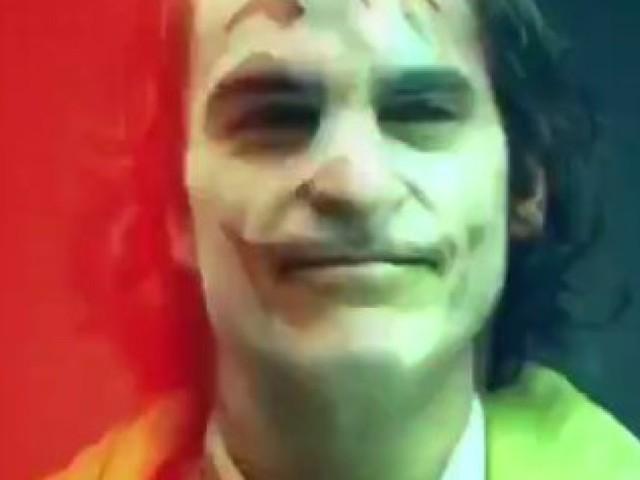 Voici à quoi ressemble le Joker incarné par Joaquin Phoenix