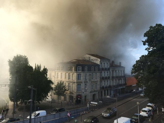 Bordeaux : nouvel incendie dans un bâtiment squatté de la rue de Saget