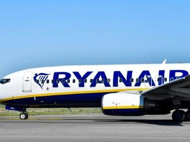 """Ryanair supprime 3.000 emplois pour """"survivre"""" au coronavirus"""