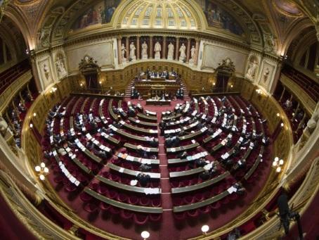 Le Sénat vote avant l'Assemblée la dernière prolongation de l'état d'urgence