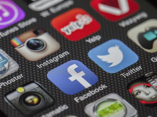 Facebook va donner la priorité aux sources « fiables » !