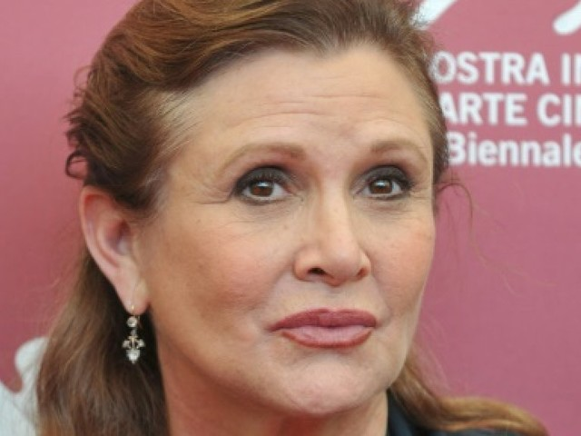 Un cocktail de drogues dures dans le corps de Carrie Fisher
