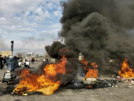 Irak: les forces de sécurité délogent des manifestants, trois morts
