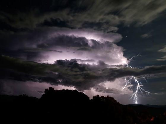 L'Ardèche, la Loire, la Haute-Loire et le Rhône placésen vigilance orange pluie, inondation et orages