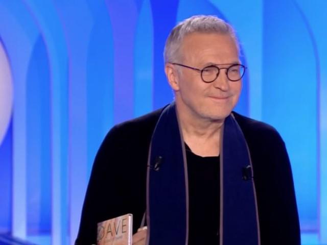 """Mort de Marie Laforêt : Laurent Ruquier a une pensée émue pour son """"amie"""" (VIDEOS)"""