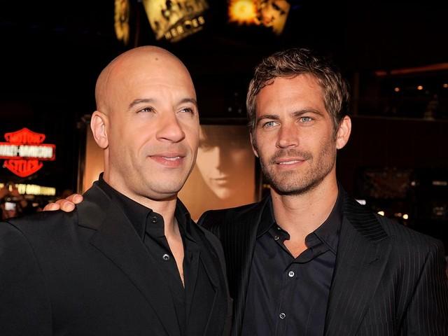 """""""Tu continues à rendre ce monde meilleur"""" : l'hommage poignant de Vin Diesel à Paul Walker pour son anniversaire"""