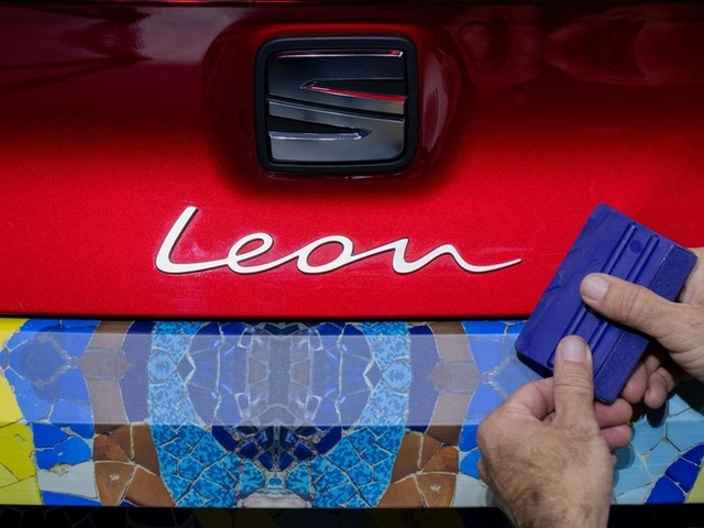 Un camouflage artistique pour la nouvelle Seat Leon