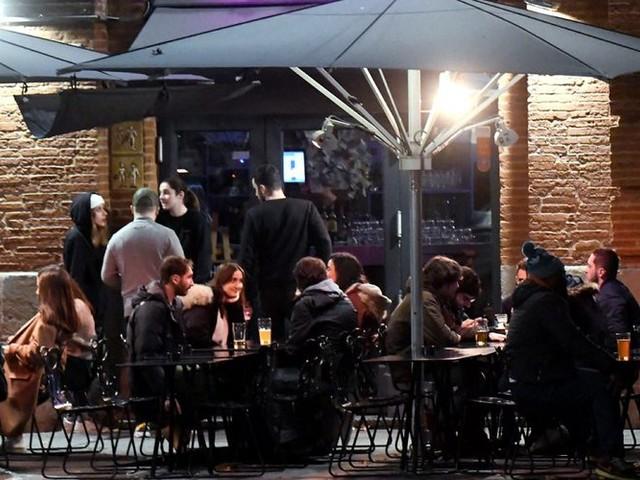 Toulouse. Les bars vont-ils devoir fermer plus tôt ?