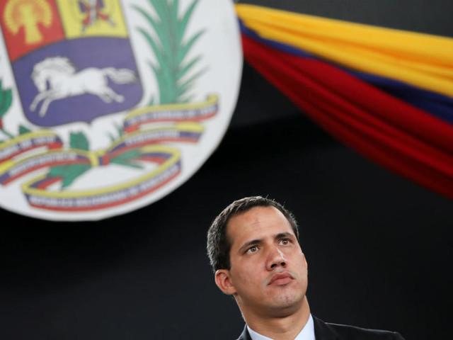 Au Venezuela, perquisition dans les bureaux de l'opposant Juan Guaido