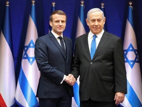 """En Israël, Macron défend son """"combat de chaque jour"""" contre l'antisémitisme"""