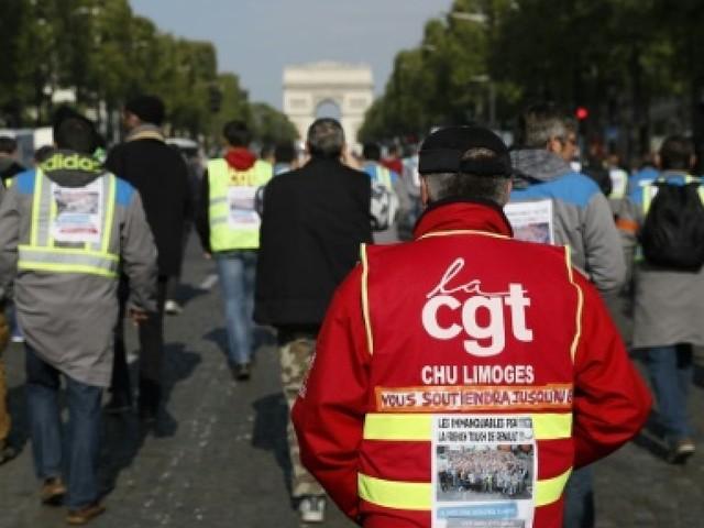 Le service public et ses 5 millions d'agents dans la rue mardi