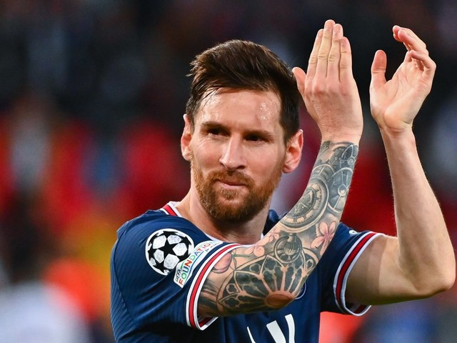 Mercato - PSG : Quand Leo Messi est envoyé à... l'ASSE !