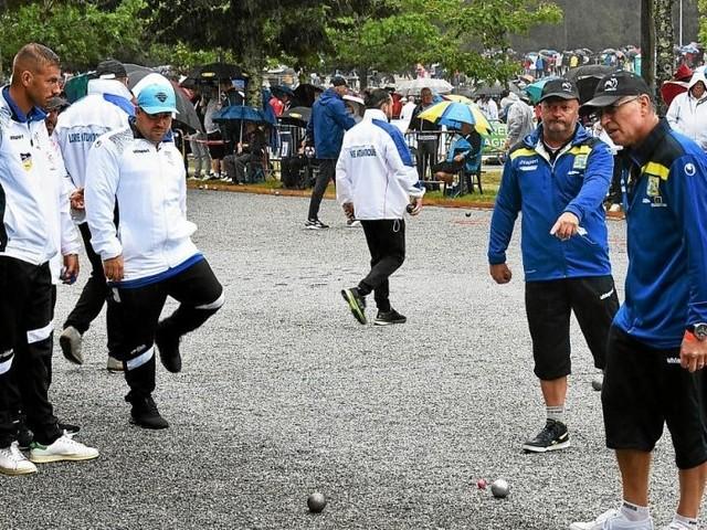 La pluie et le public au rendez-vous des championnats de France de pétanque à Lanester