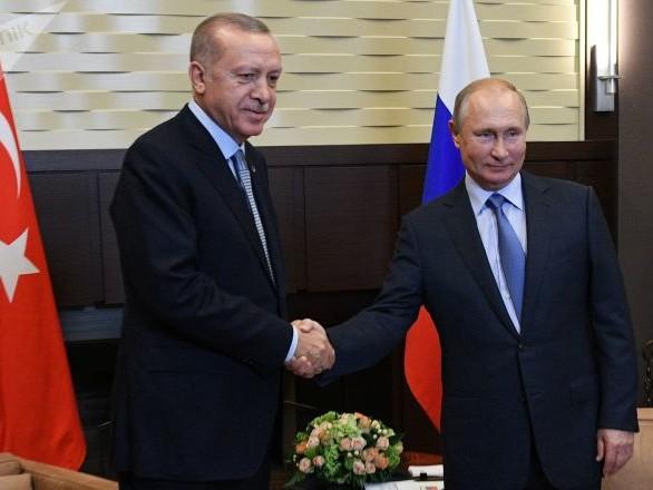 Opération turque en Syrie: Poutine promet des «décisions cruciales» après ses négociations avec Erdogan