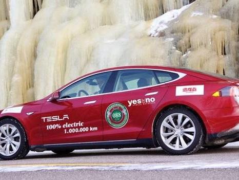 Un Allemand franchit le million de km avec sa Tesla Model S P85