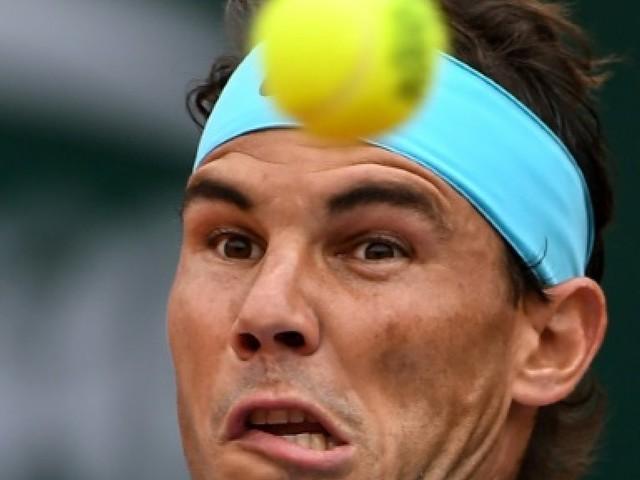 Roland-Garros: plein soleil pour Nadal, orageux pour Djokovic