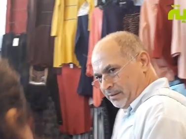 Tunisie – VIDEO: Médenine: Le directeur de campagne de Hamadi Jebali s'en prend aux journalistes qui couvrent les activités du candidat