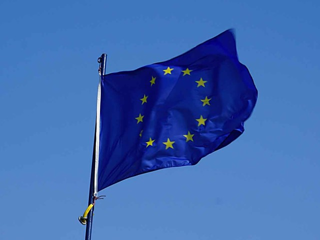 COVID-19: l'Europe pourrait préférer le traçage par Bluetooth plutôt que par géolocalisation