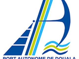 L'ambiance vire au couvre-feu au port de Douala