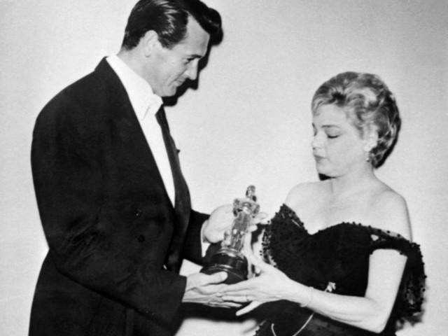 Simone Signoret : en images, la brillante carrière d'un monstre sacré du cinéma